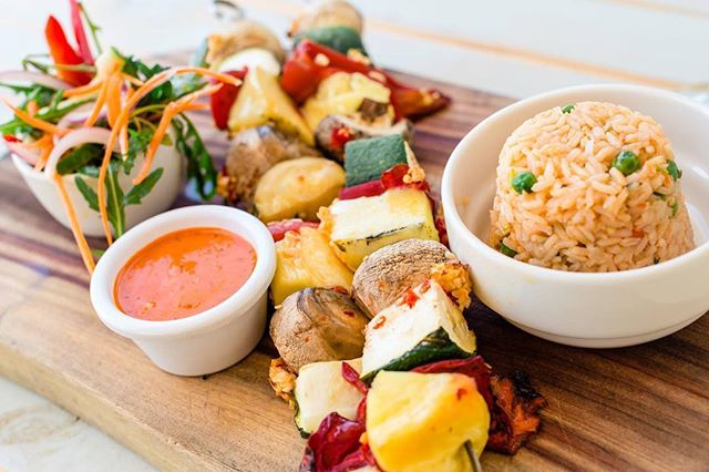 Did you know our menu boasts plenty of vegetarian and gluten-free options? We can also customise most dishes to suit your needs. Open breakfast, lunch, and dinner!