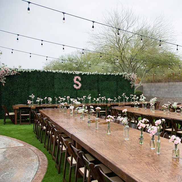 Simple and sweet! Lilly and Ryan's Wedding day was filled with all things sweet and simple pink touches all throughout! Head on over to the blog on @sadiesuch for more! . . . #backyardwedding #transformation #springwedding #wedding #azwedding #pink #floral #weddinginspoflowers #phoenix #eventplanner #arizona #rainorshine