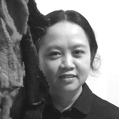Thosaporn Suthum    Lecturer and Lead of Faculty of Fine and Applied Arts Rajamangala University of Technology Thanyaburi (RMUTT), Thailand