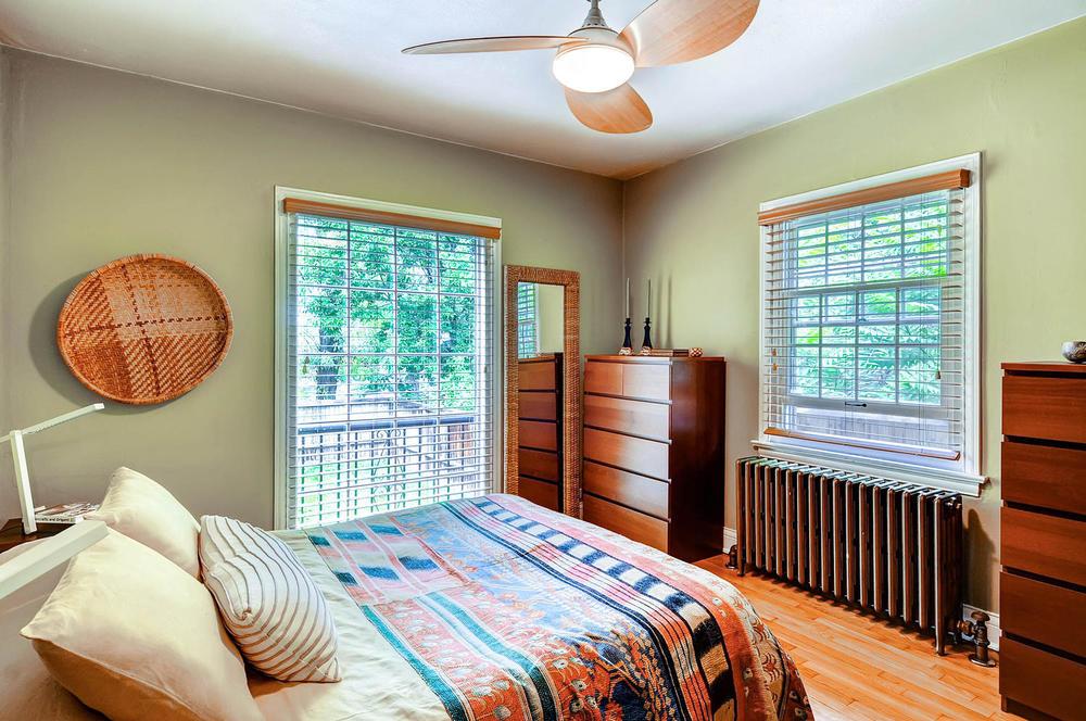 958 S University Blvd Denver-large-020-20-Bedroom-1500x997-72dpi.jpg