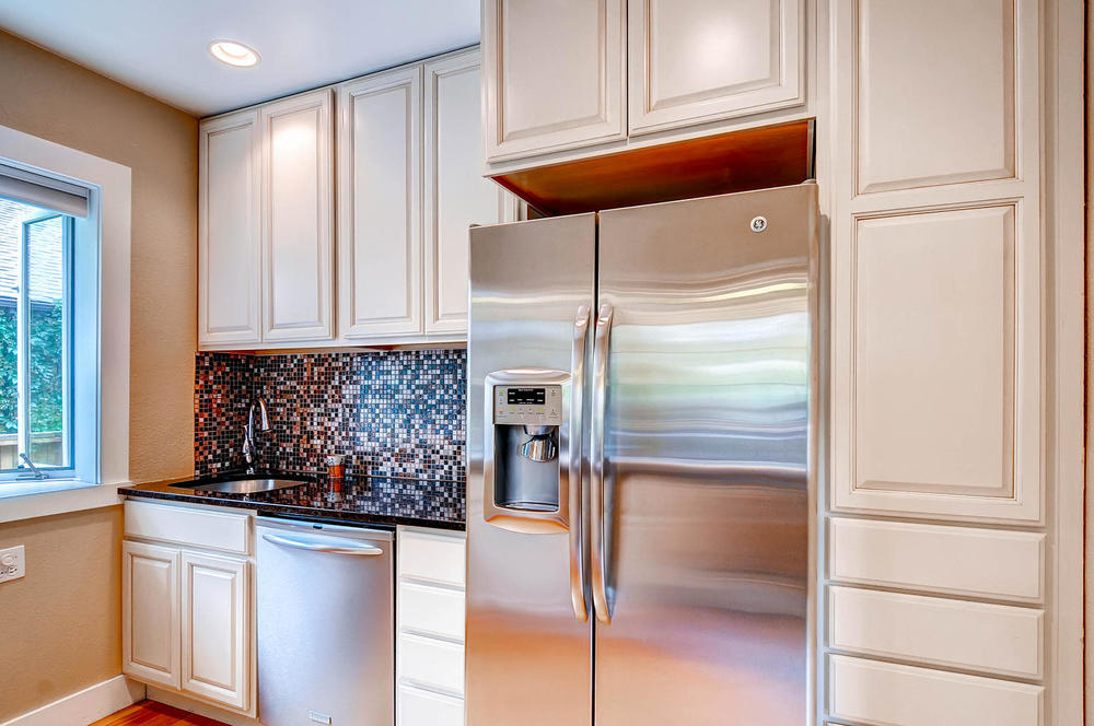 958 S University Blvd Denver-large-014-14-Kitchen-1500x997-72dpi.jpg