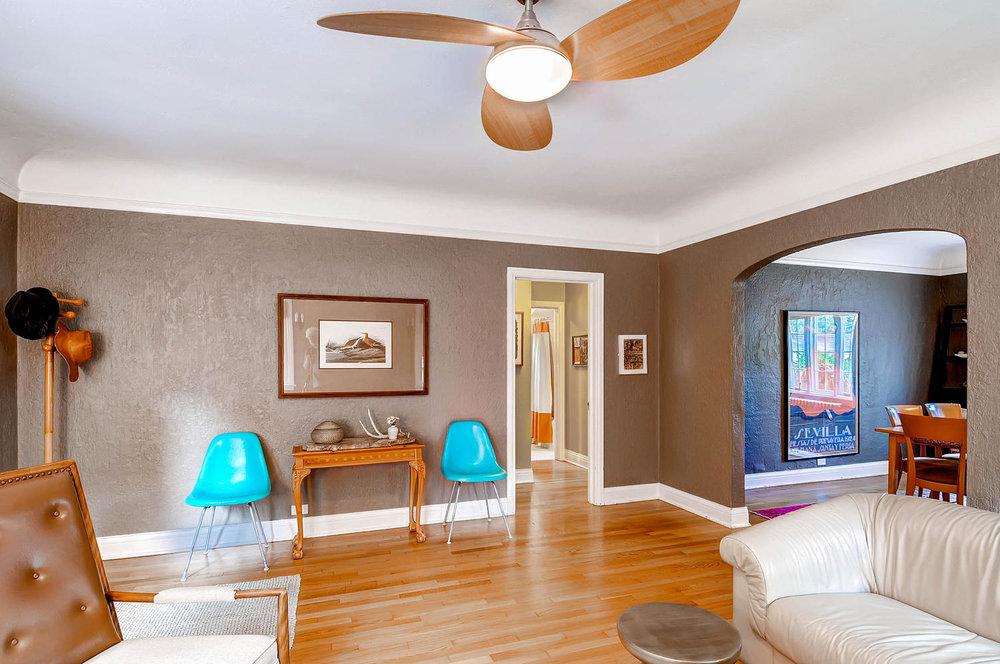 958 S University Blvd Denver-large-011-11-Living Room-1500x997-72dpi.jpg