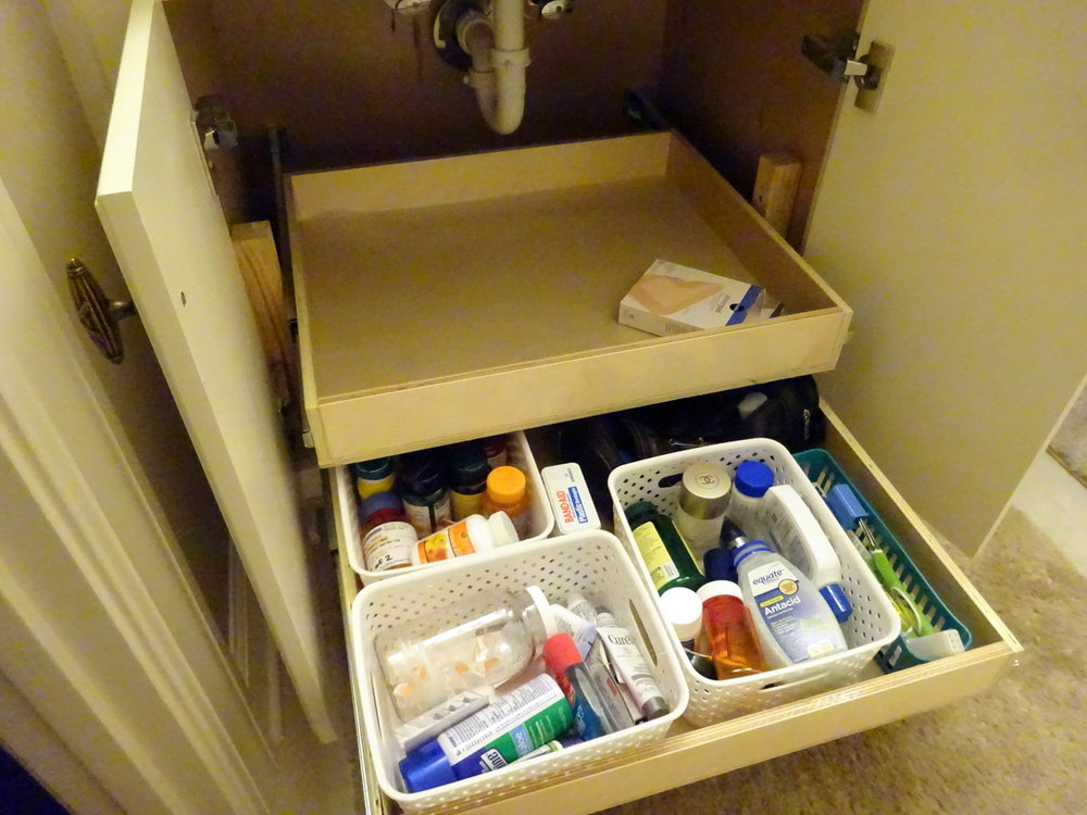 Vanity Storage (3).JPG
