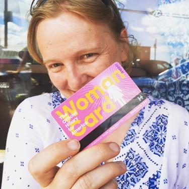 10-WomanCard-img.jpg