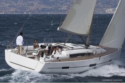 dufour-410-grand-large-6.jpg
