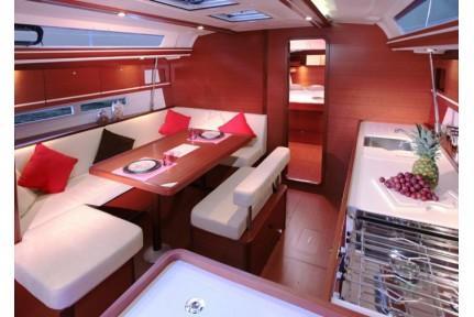 dufour450-grand-large-3.jpg
