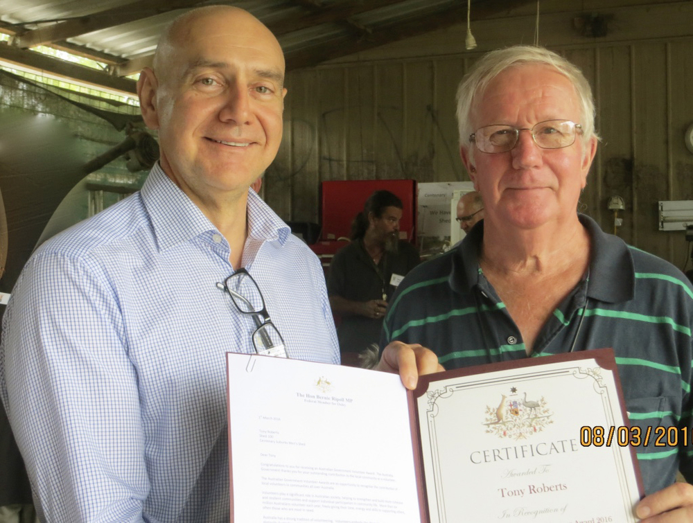Presentation of Volunteer Award Certificate by The Hon Bernie Ripoll MP to Tony Roberts
