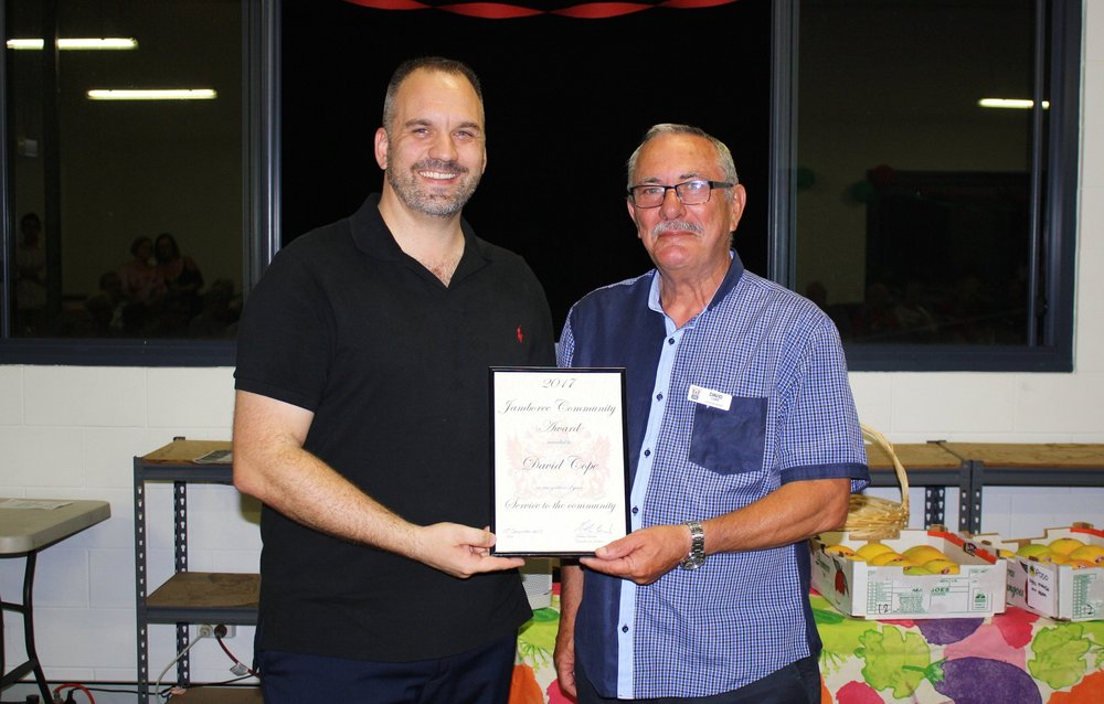 the 2017 jamboree community award presentation from cr matthew bourke to david cope (immediate past president). this service to the community award is in recognition of an exceptional effort to locate land and construct buildings on monier road, seventeen mile rocks for the centenary suburbs men's shed. congratulations to david!