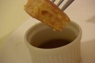 自家製メイプルシロップ入れに入れて食べます!!