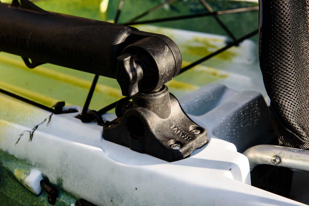 Locking rod holders
