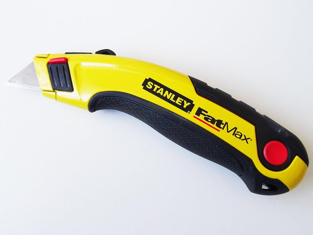 utility knife 1500x1125.jpg