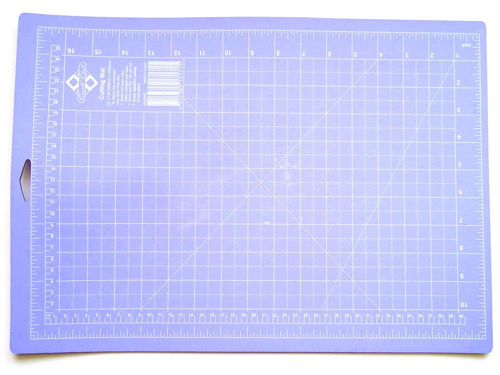 cutting mat 1500x1125.jpg