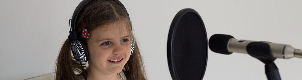 song_singer_1500x400.jpg