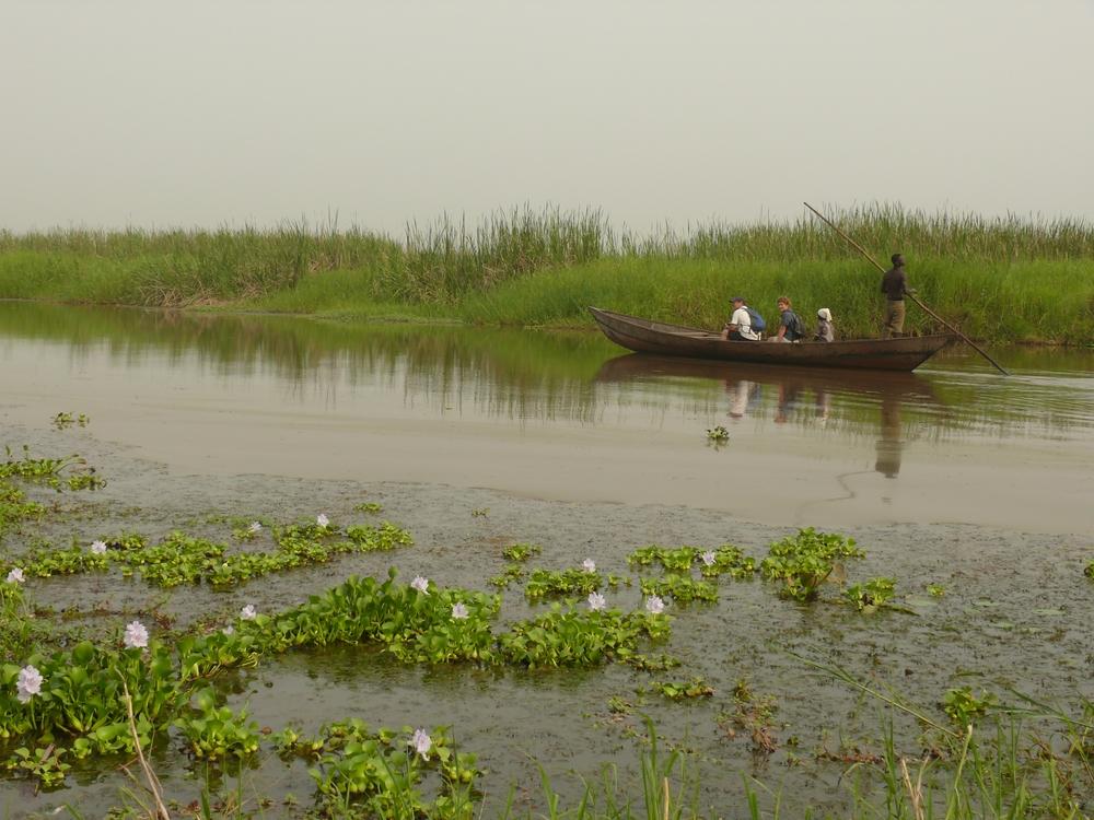 Boat trip on Lake Togo