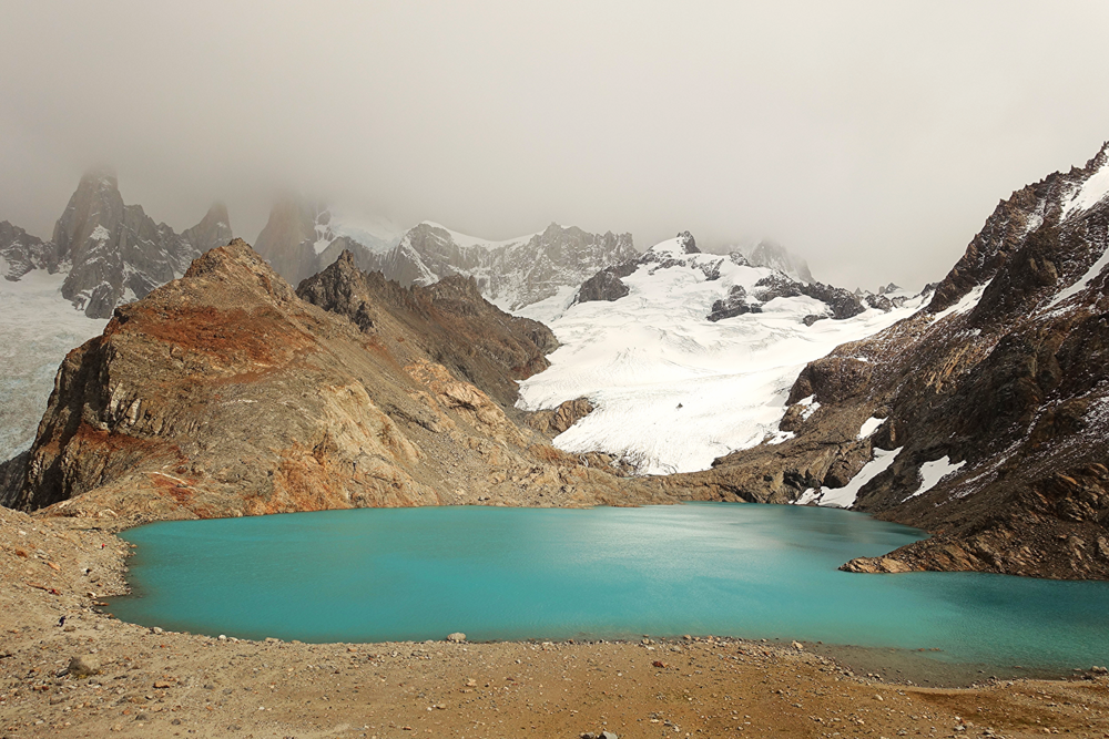 Laguna de los Tres - MOUNT FITZ ROY IS HIDING IN THE CLOUDS