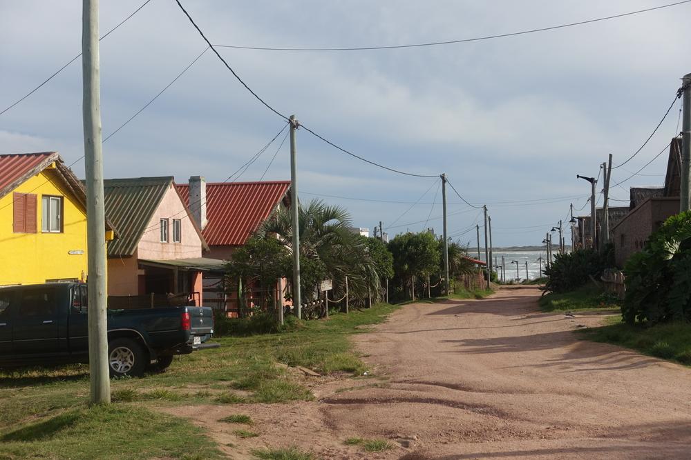 Street - Punta del diablo
