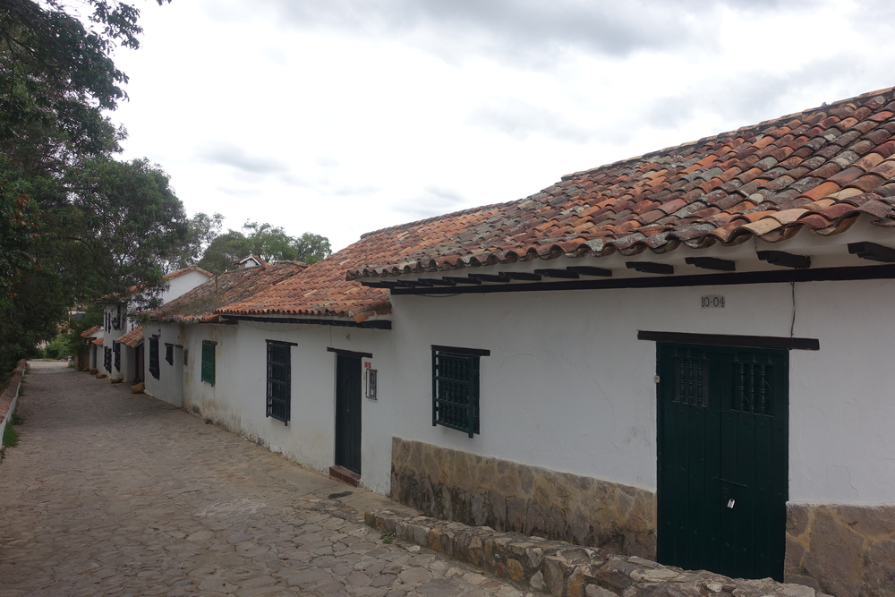 typical colonial style of architecture