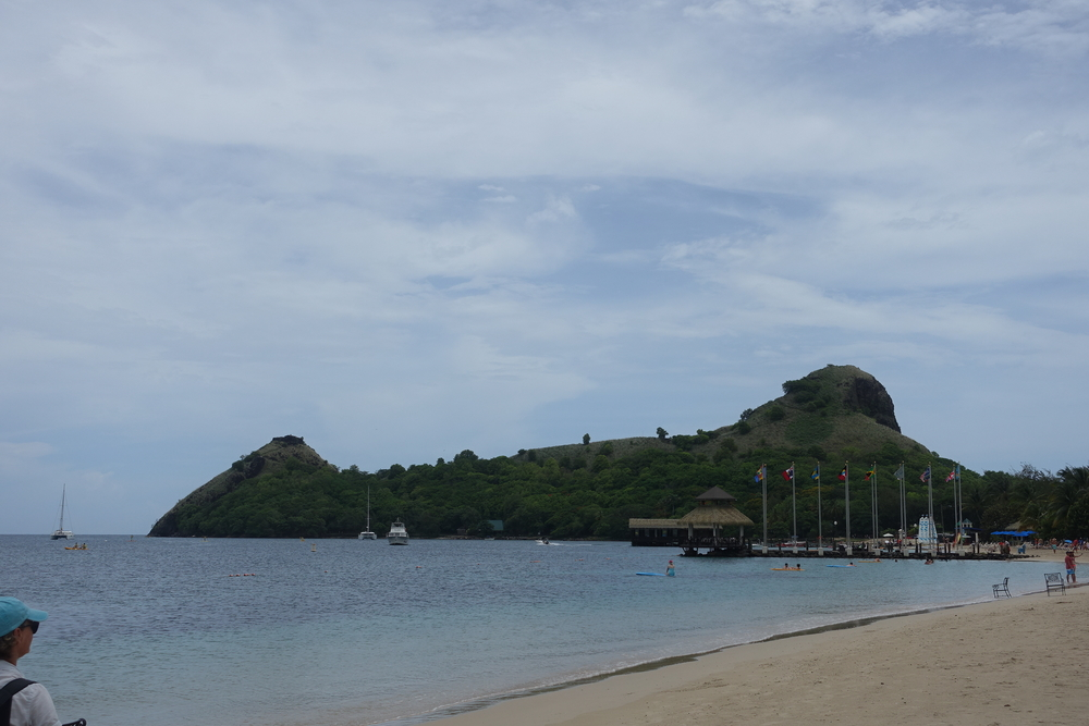 beach walk to Pigeon island