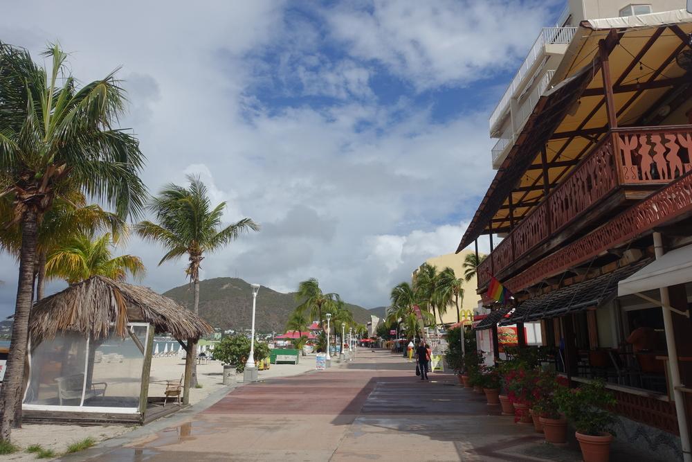 the promenade in philipsburg