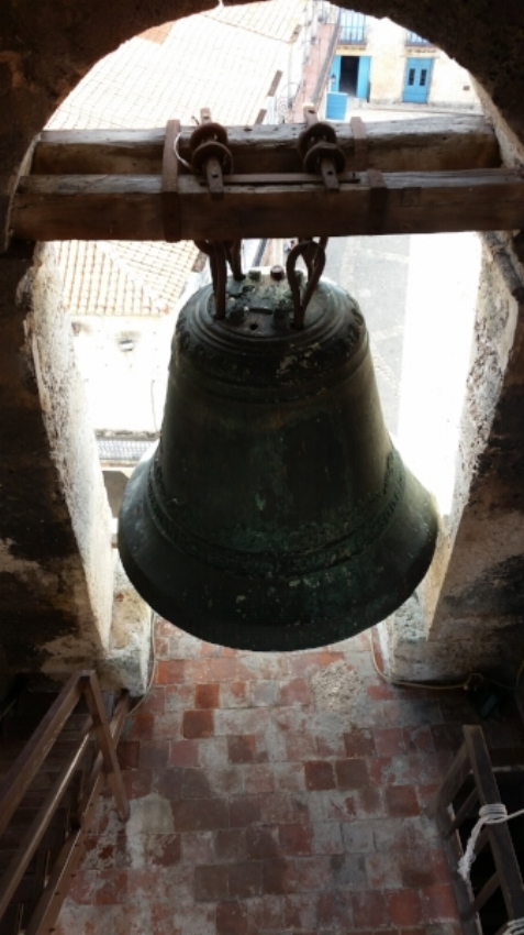 why wouldn't you go? It has a fascinating history. (View from the catedral bell tower in Havana vieja)