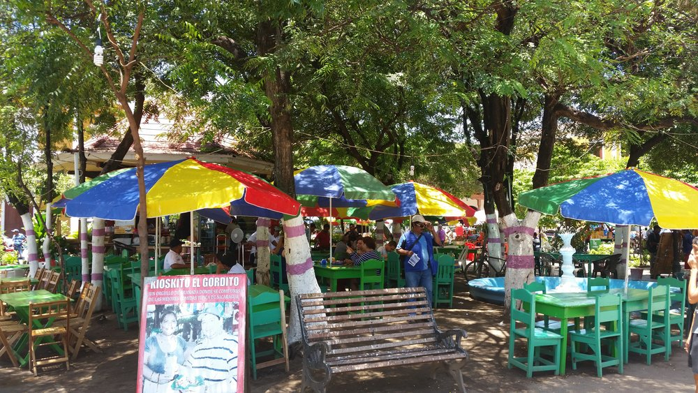 restaurants in central plaza