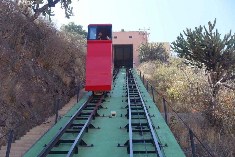 funicular railway