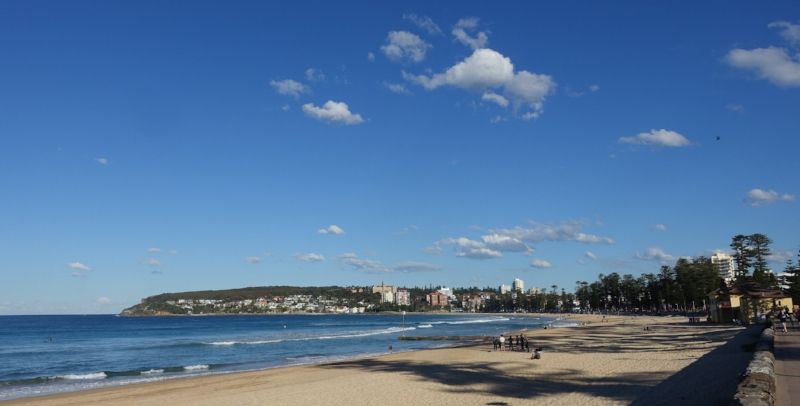 the beachfront and promenade at manly - looking south to south steyne