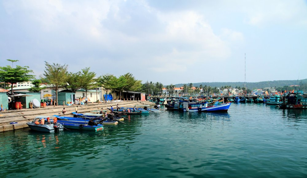 an thoi harbour