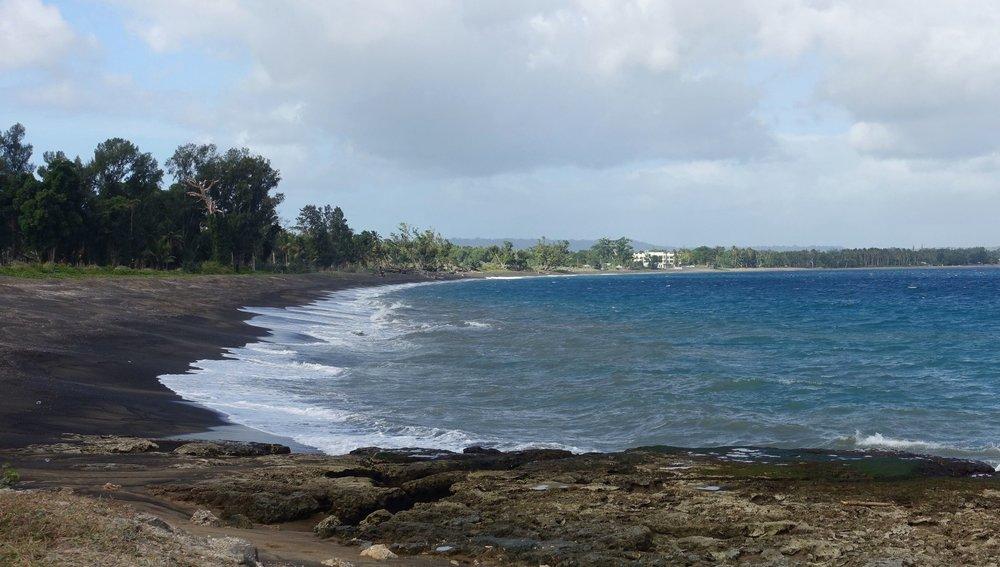 black sand beach, mele bay