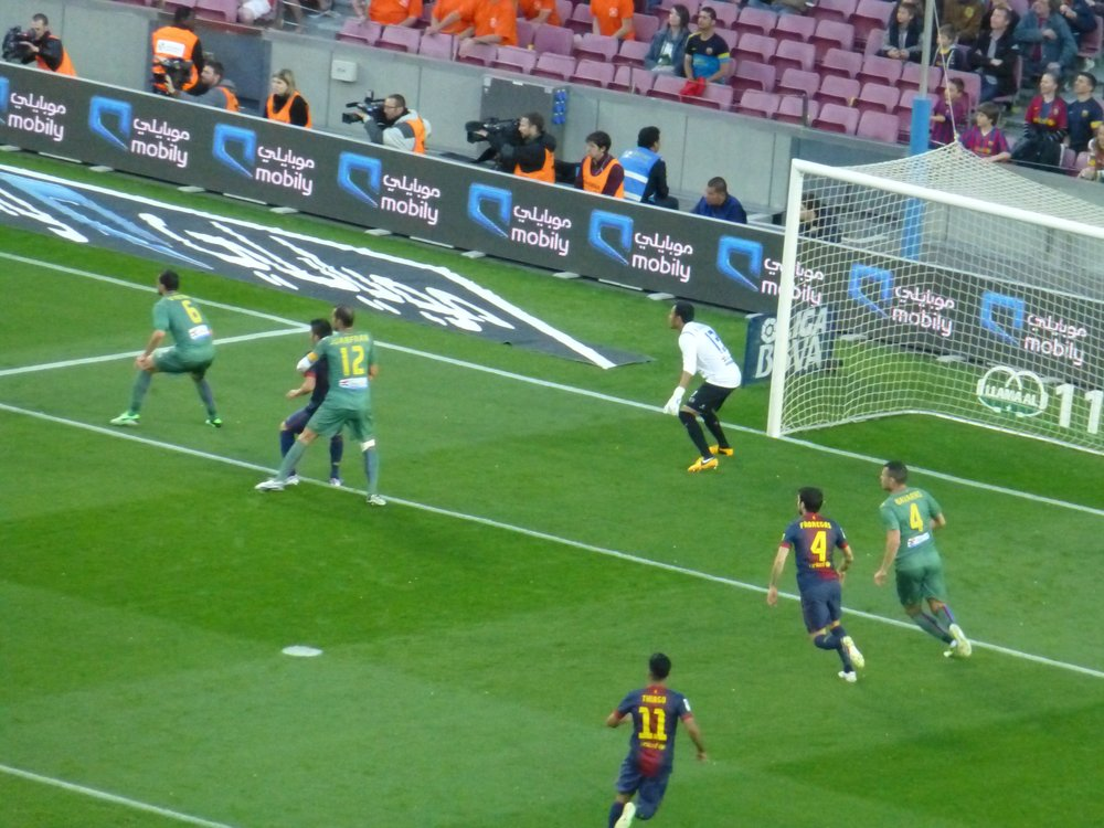 fc barca on attack