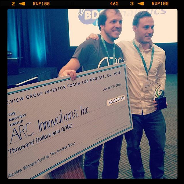 Congratulations to @lrcirillo and @mkummer225 of @arcdevices on their win this week at @arcviewgroup #LA. That big ass check is going straight into production units! If you haven't reserved yours yet, make sure you find your way to ARCPIPES.com —— way to go guys! #GTWY03 #arcview #arcviewla #cannabiz #cannabis #startup #winnerwinnerchickendinner #cannabiscommunity #startuplife #pitchperfect - - photo credit: @oakland.operative Thanks, Sean! 🙏 ... alright, now that we got that out of the way, back to the #startupgrind everyone!