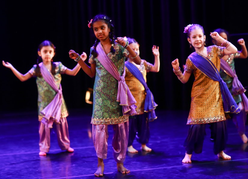 2015-Bolly-Beat-Dance-School-kids-2.jpg