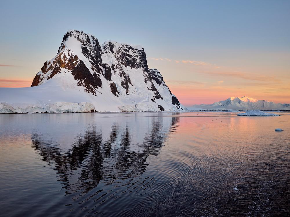 JPG (8-bit)-15_0202-Antarctica 2-CF000105.jpg