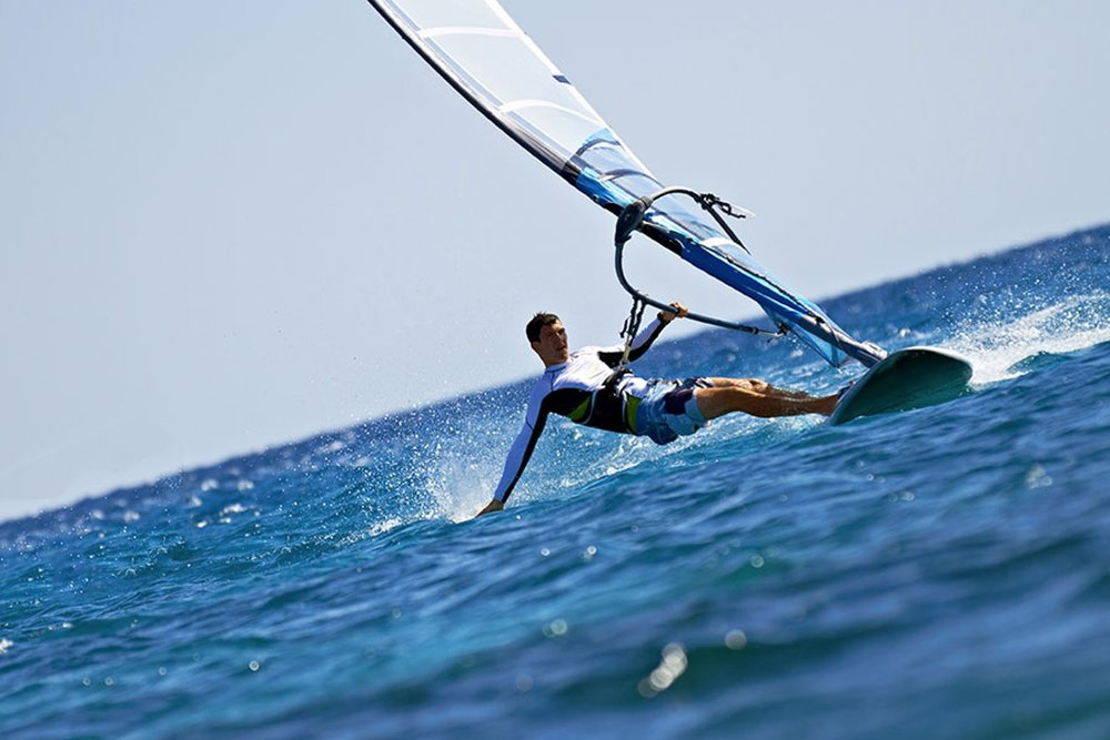 nowboat-activities-windsurf-man-windsurfer-windsurf-board-by-Dima-Fadeev.jpg