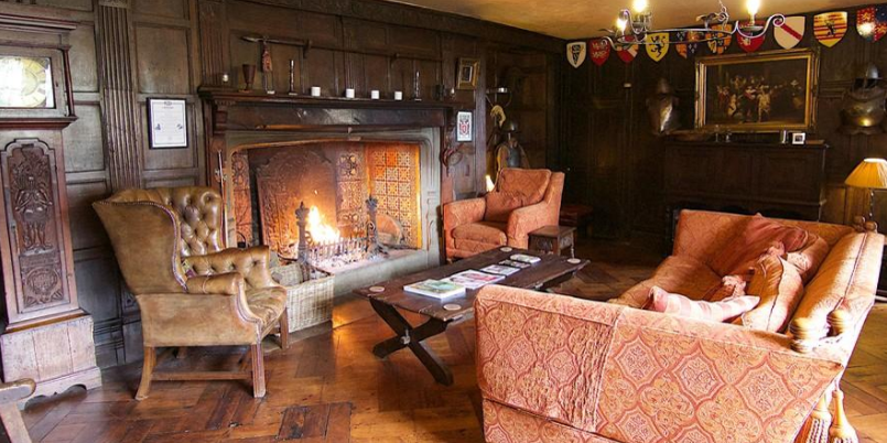 Imagine cosy evenings around this fire.  Just add gin and tonic!