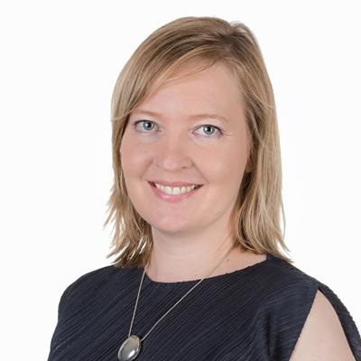Niina Sauvolainen Head of Digital Insight, TNS Gallup Digitaalisen kuluttajan, digitaalisten markkinointi- ja myyntikanavien asiantuntija. Ennen työskentelyään TNS:llä Sauvolainen toimi toimialapäällikkönä Googlella sekä vanhempana konsulttina Satama Interactivessa.