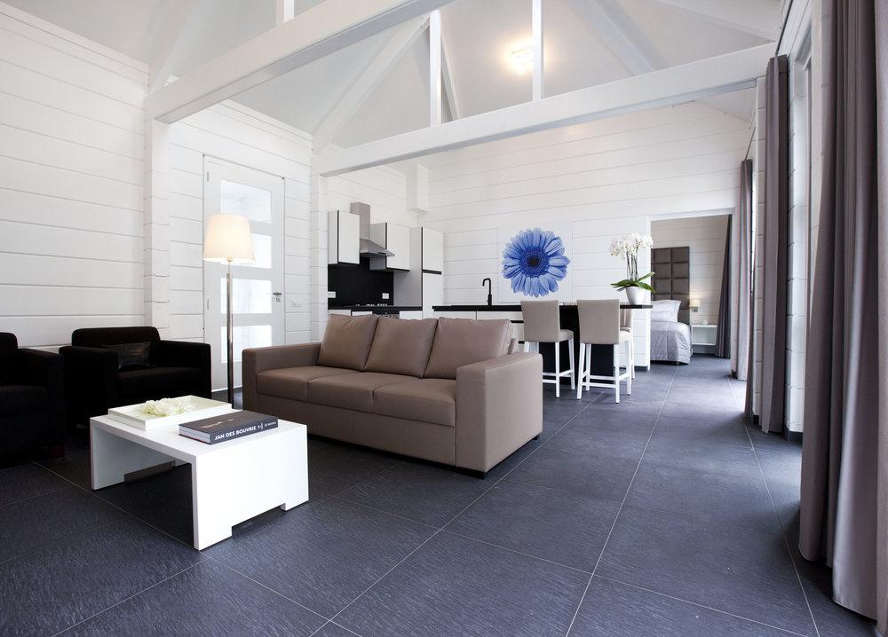 fc335e16d0e5e1eeef482ef40d388707--luxe-villa-narvik.jpg
