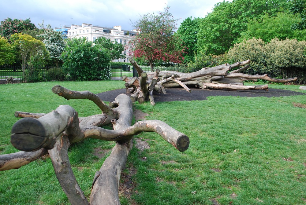 Fallen tree climbers at Marylebone Playground, Regents Park