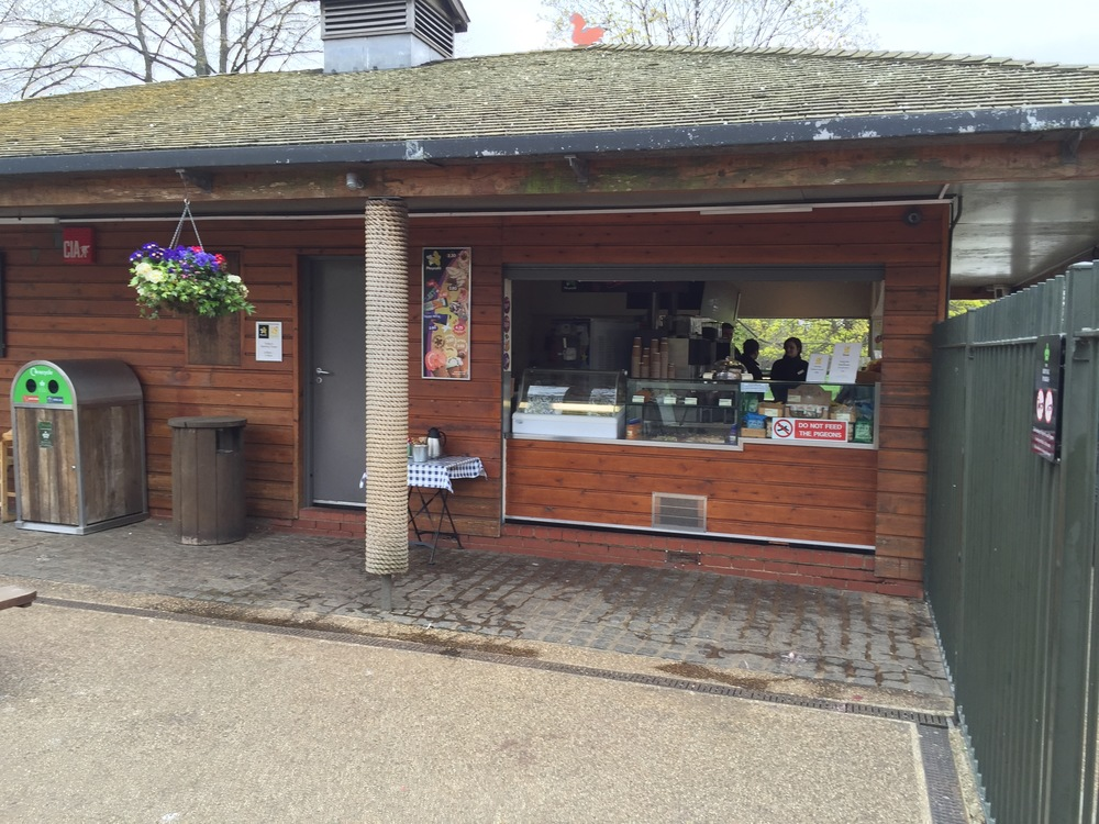 Cafe at the entrance to Princess Diana Memorial Playground