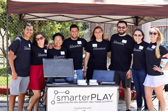 Great shot of the team at the summer kick off event at Waterloo Park! | #jeffDESIGN #playground #waterlooplayground #jeffersonuniversity #rebuild #health #design #data #studioludo #jefferson #design #play #smartplay #smarterPLAY
