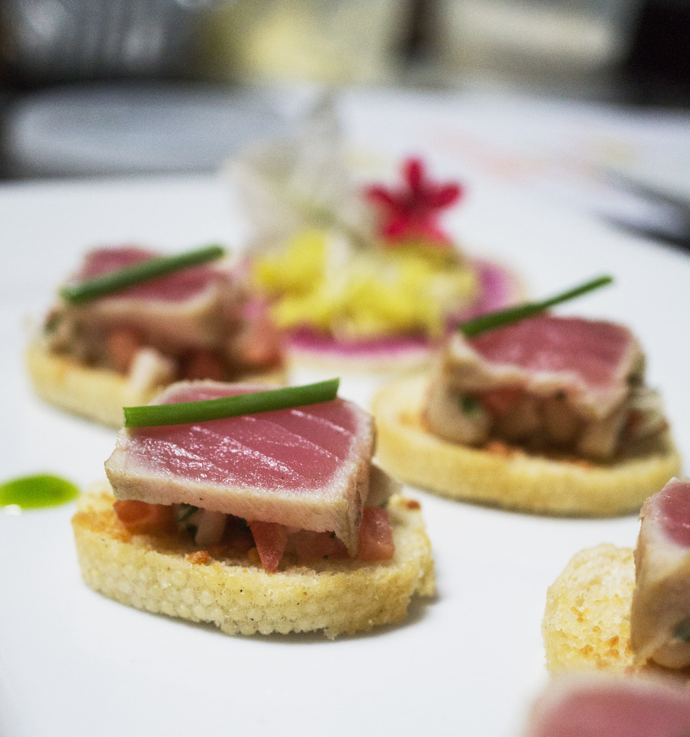 20151201 tasting Shaved Ahi Tuna with Warm Marinated White Bean Crostini 9770.jpg