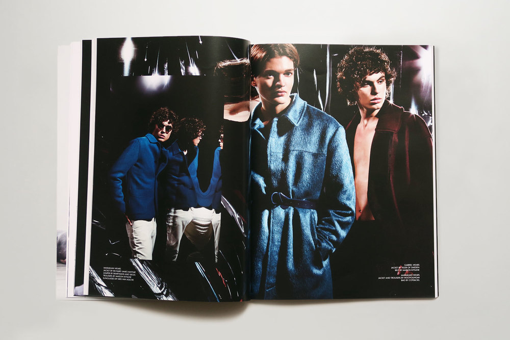 Candid_Magazine_11_10.jpg