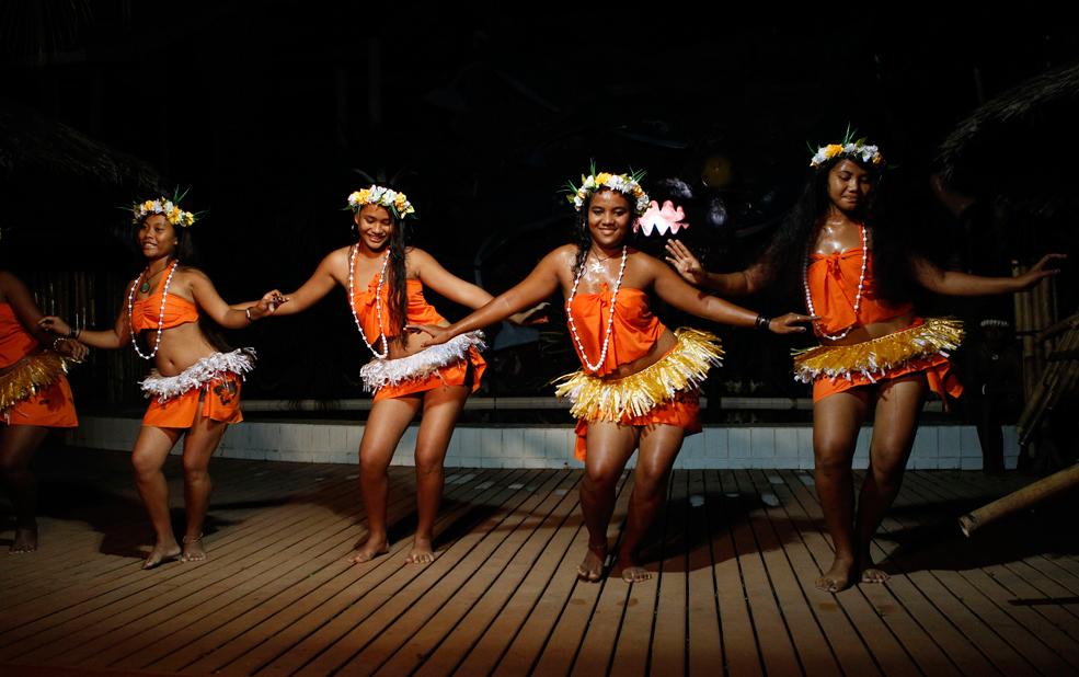 hula dance.jpg