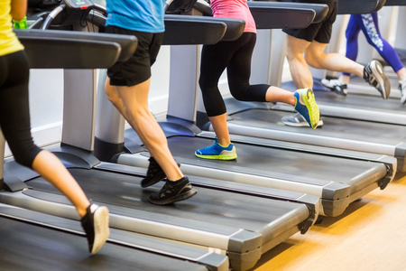 46688557_S_treadmill_gym_exercise_running_workout.jpg