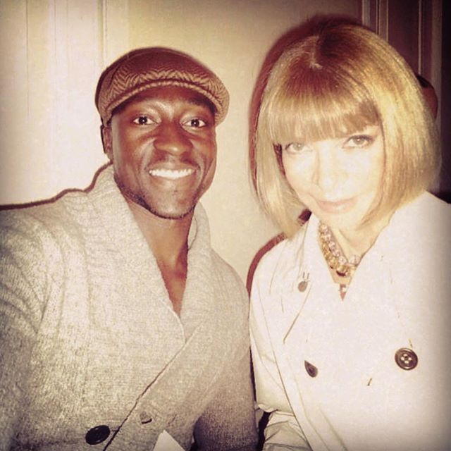 You KNOW you a bad ass when you get to flick up with the fashion POWERHOUSE, Anna Wintour. And I got her to smile too! Anna is very selective and she chose ME! This is my forever #tbt for NYFW! 📸 💥 💥 💥 💥 #nyfw #annawintour #smile #legendary #fashion #dappermen #blackmenkillingit #sartorialist #manstyle #fashionista #voguemagazine #blackmen #bob #kangol