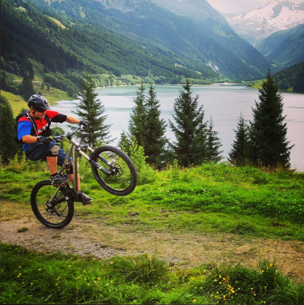 MOUNTAINBIKE TRIPS //     BC, SUMMER - CANADA   A dream come true for every biker, put it on your bucket list!