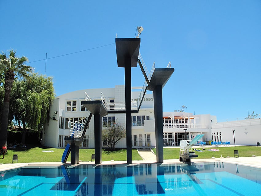 Faro swimming pool