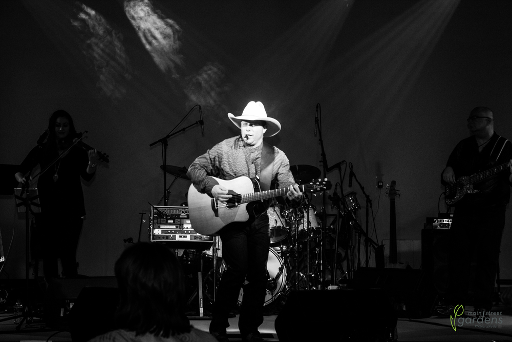 MSG_NRP_GARTH_BROOKS_DINNER-IMG_4776-20160319.jpg