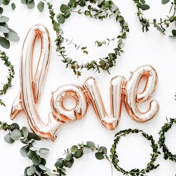 Happy Valentine's Day to all the lovers out there ♥️ . . . #hairandmakeup #love #happyvalentinesday #arizonawedding #knottiglamcrew #phoenixbride #arizonabride #love