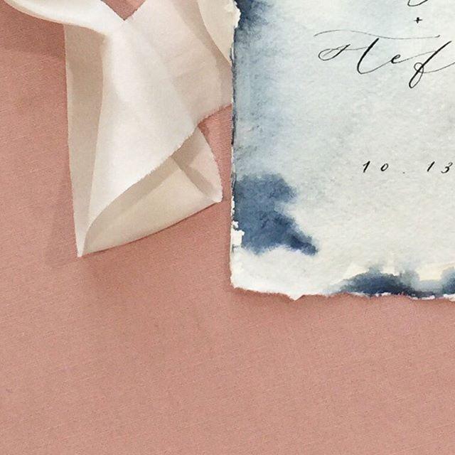 Pretty watercolor on @silkandwillow paper for these fall save the dates . . . . #watercolor #handwritten  #handmadepaper #bespoke #calligraphy #livefolk #weddingpaper #weddinginvitation #silkribbon #dallascalligrapher #calligrapher #paperlove #flashesofdelight #pursuepretty #weddingdetails #moderncalligraphy #designer #pointedpen  #blush #itsallinthedetails #designlovefest  #thatsdarling #handwriting  #surelysimple #designinspiration  #simplelife #dailydoseofpaper #customcalligraphy  #californiawedding #risingtidesociety